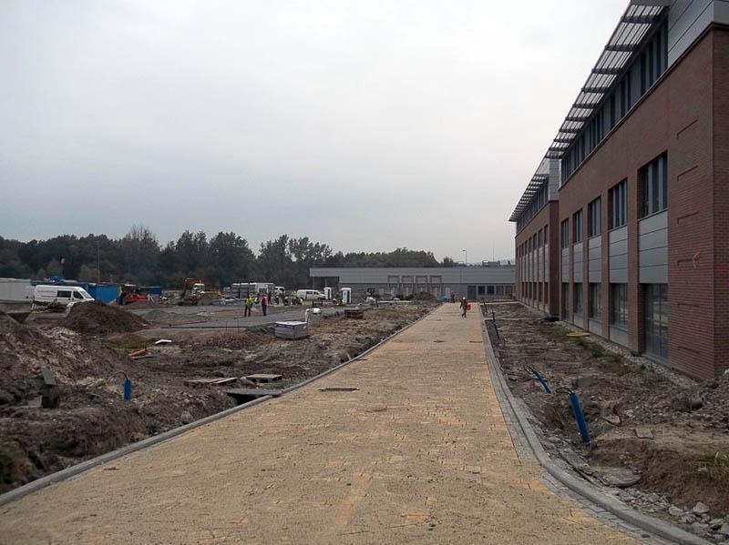 Budowa parkingu od strony segmentów D i J