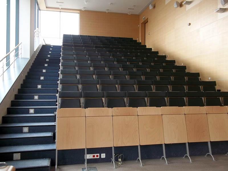 Segment A (I piętro) – Sala wykładowa boczna A-04
