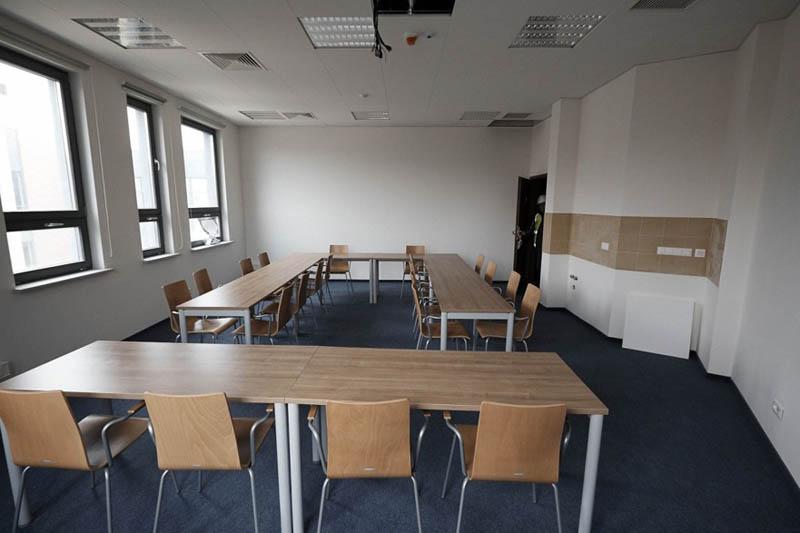 Sala seminaryjna jednego z zakładów